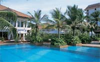 swimming pool - Taj Malabar
